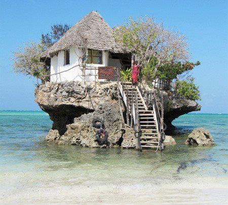 House on water simple interesting for Zanzibar house music