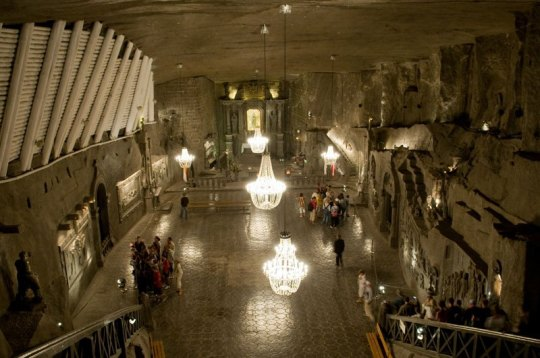 wieliczka-salt-mine-krakow-poland-5 photo by Michal Osmenda
