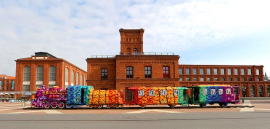 crocheted-locomotive-lodz-poland-by-artist-olek-5
