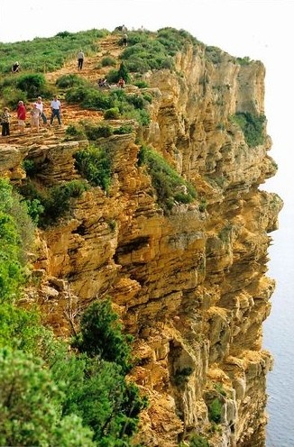 03Cassis, France - Route des Crete cliff