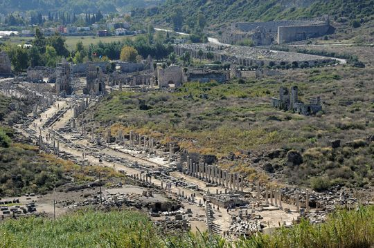 800px-Perge_city_overview