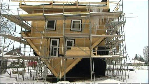 upside_down_house_Germany-9