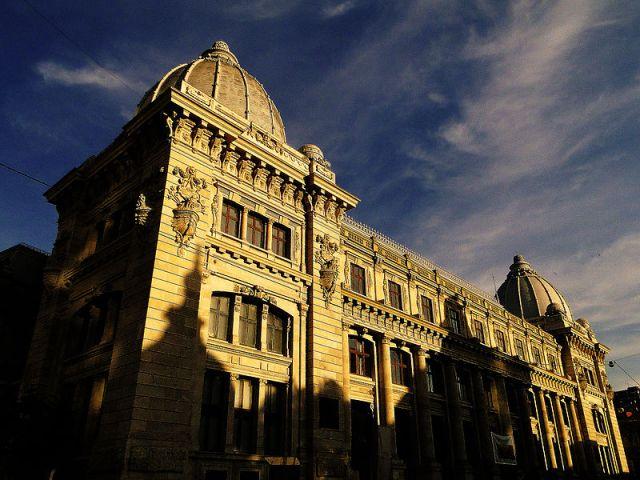 800px-Palatul_Postelor_(Muzeul_National_de_Istorie_al_Romaniei)
