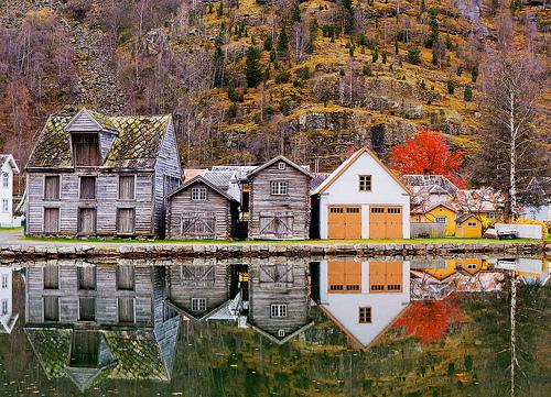 13Laerdal, Norway