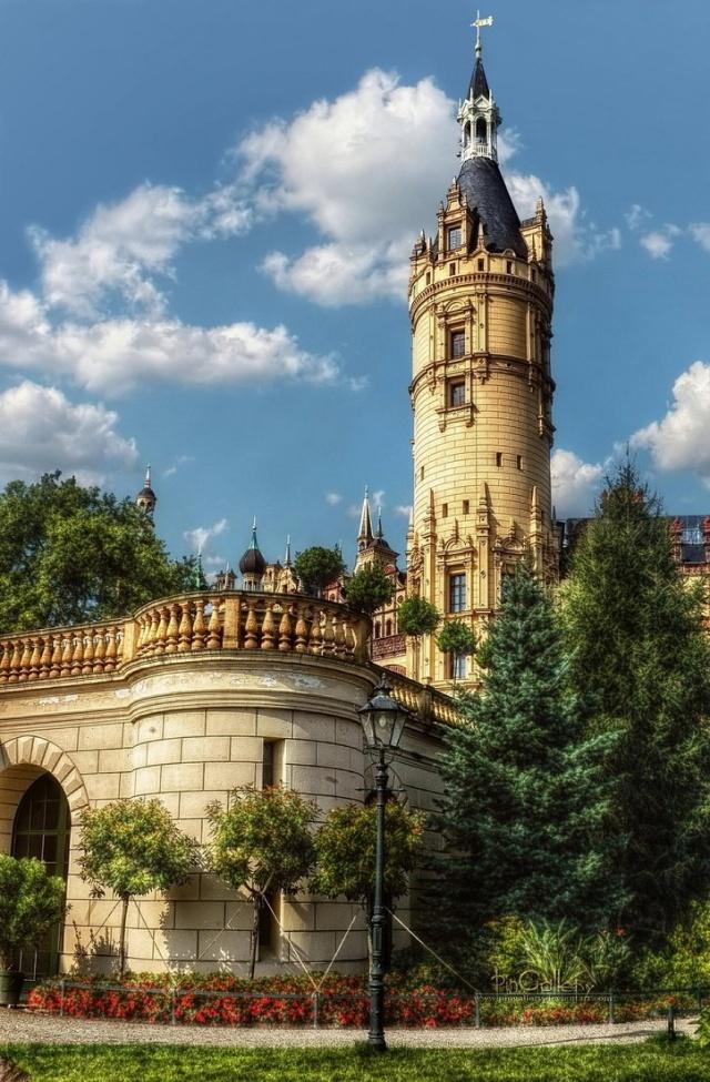 25Schwerin Castle - Germany