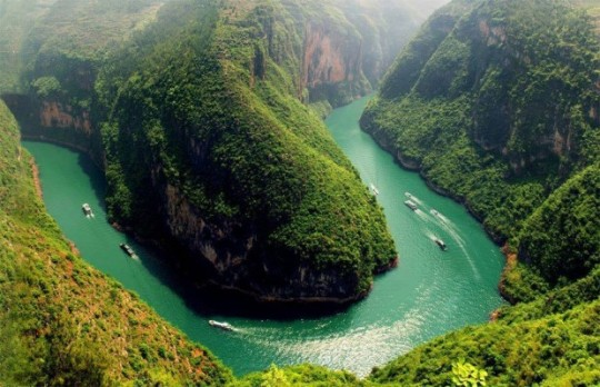 01Bend In The Yangtze River, China