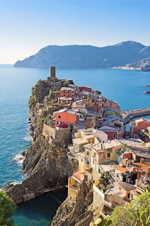 26Vernazza, Cinque Terre, Italy