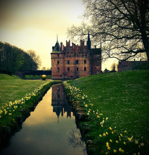 07Egeskov Castle, Denmark