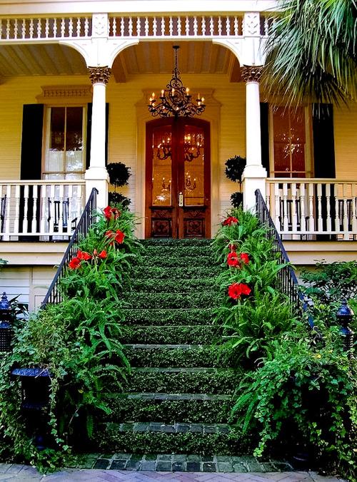 25Entryway, Savannah, Georgia photo via djferreira224