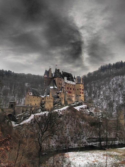 09Eltz Castle - Germany (von Lukas Litz Obb)