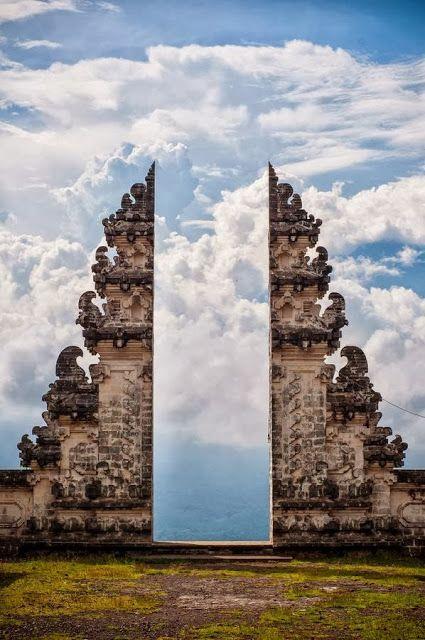 14Pura Lempuyang Door, Bali, Indonesia