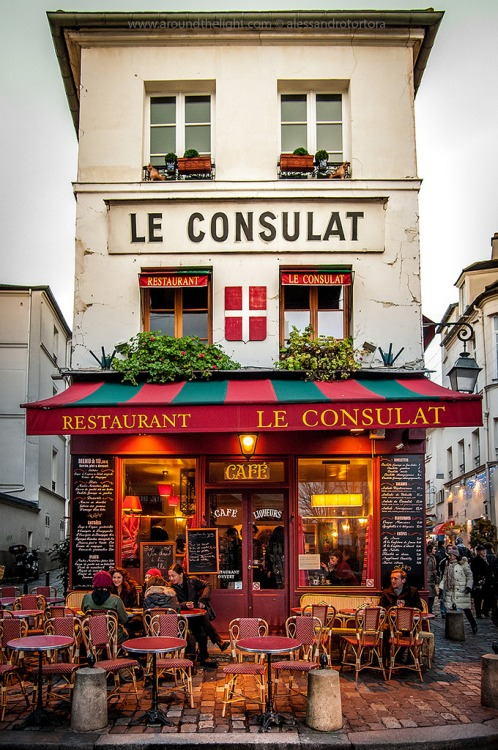 15Montmartre, Paris (by Alessandro Tortora)