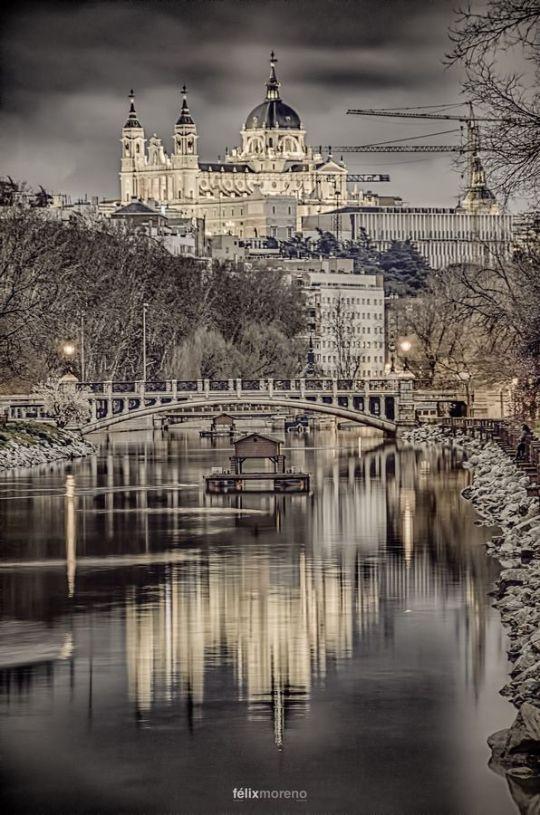 03Catedral de Santa María la Real de la Almudena de Madrid, Spain