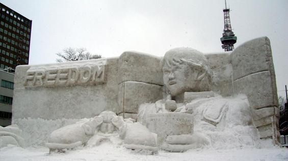 sapporo-Snowman_Festival-12