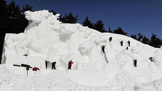 sapporo-Snowman_Festival-15