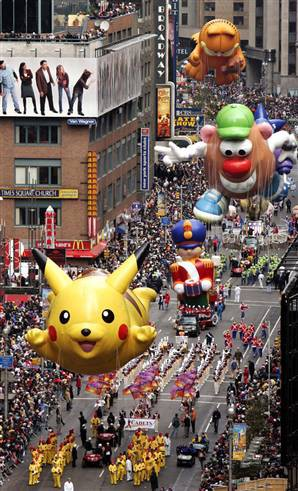 12Macy's Thanksgiving Day Parade floats, NYC