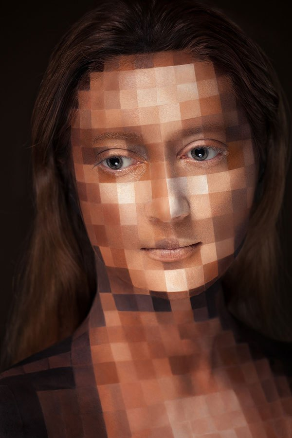 2d-portraits-painted-onto-human-faces-10