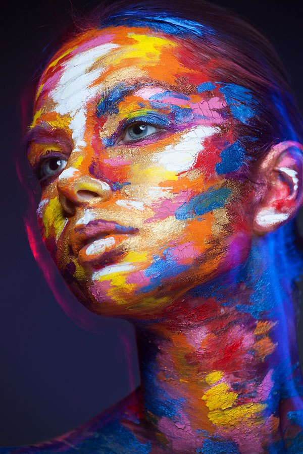 2d-portraits-painted-onto-human-faces-9