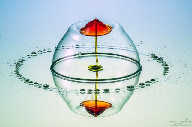high-speed-water-drop-photography-by-markus-reugels-1